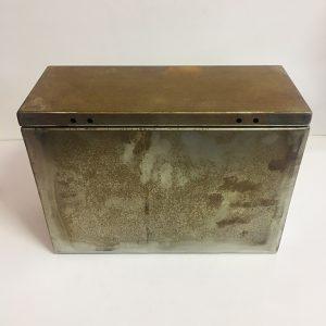 MUD GUARD BOX (TOOLBOX) LRG/MED